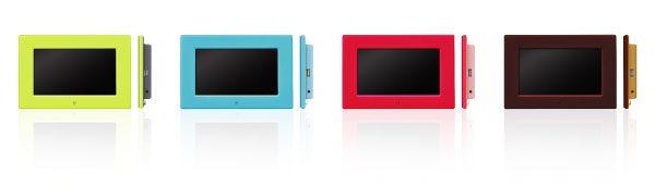 カラフルな2トーンカラーの7型デジタルフォトフレームが新登場!