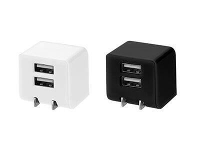 iPhoneやスマホを2台同時に充電できる!キューブ形AC充電器が新発売